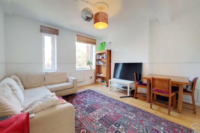 3 bed flat for sale in West Lane, London SE16