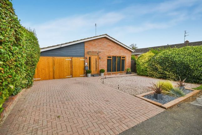 Thumbnail Detached bungalow for sale in Manor Farm Close, Weston Turville, Aylesbury