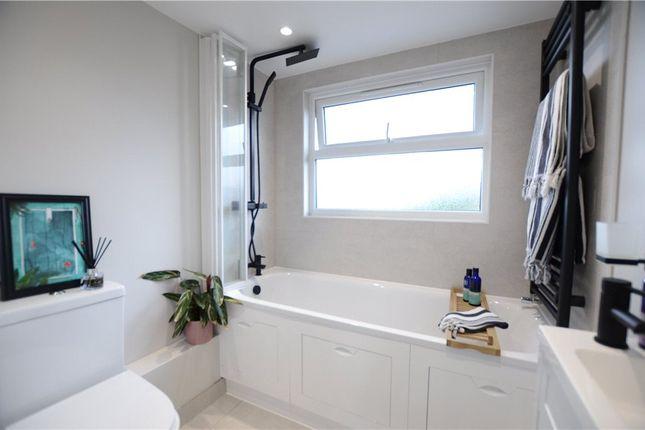 Bathroom B of Briants Avenue, Caversham, Reading RG4