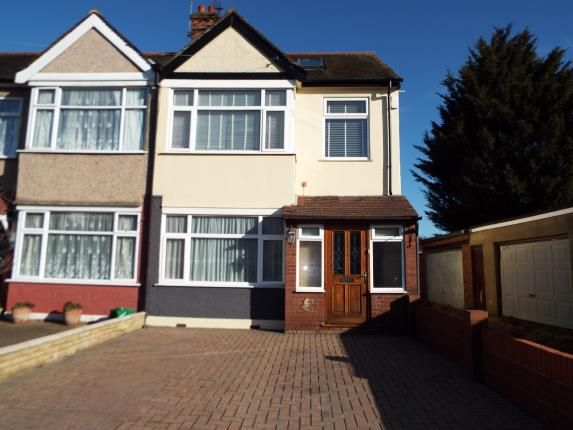 Thumbnail End terrace house for sale in Barkingside, Essex