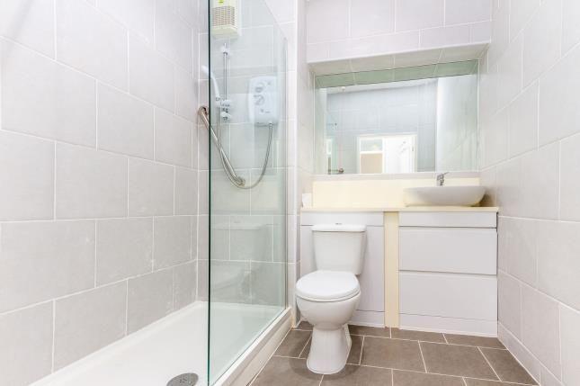 Bathroom of Wyredale Court, Harrow Avenue, Fleetwood, Lancashire FY7
