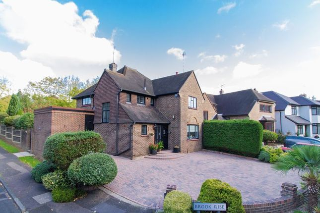 Thumbnail Detached house for sale in Brook Way, Chigwell
