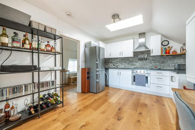 Thumbnail Flat for sale in Browning Road, London