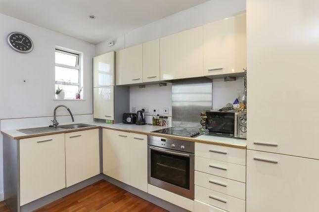 2 bed flat to rent in Longfield House, Uxbridge Road / Ealing Broadway