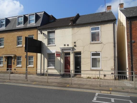 Thumbnail Terraced house for sale in River Street, Bedford, Bedfordshire