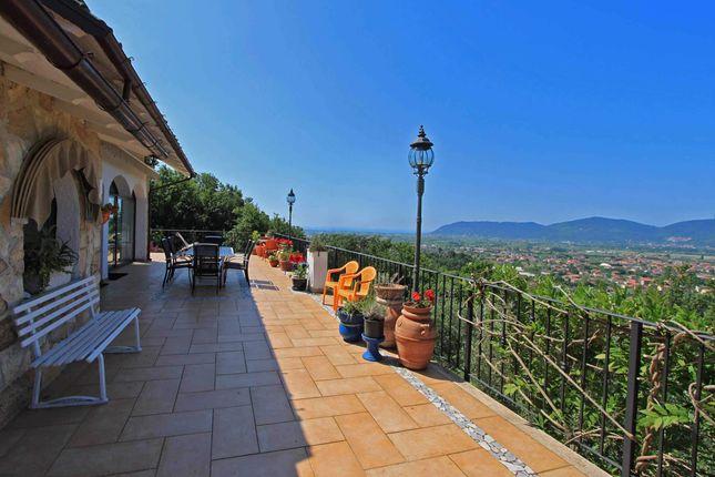 Thumbnail Villa for sale in Liguria, La Spezia, Castelnuovo Magra