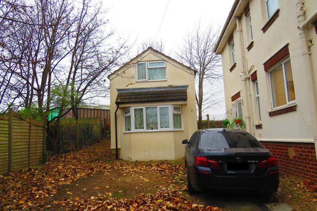 Thumbnail Flat for sale in Grosvenor Gardens, Kingsthorpe, Northampton