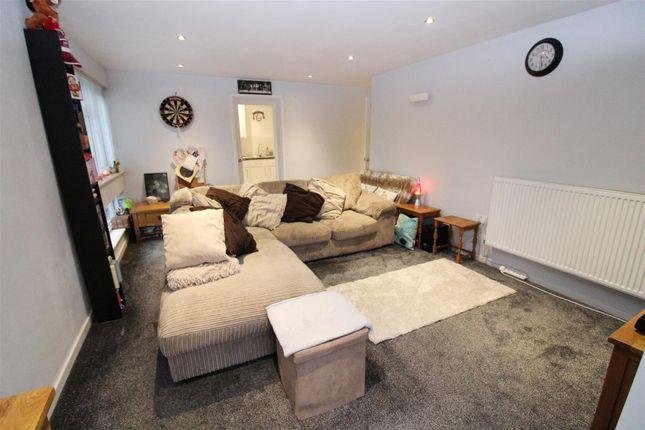 Living Room of Field View, Caversham, Reading RG4
