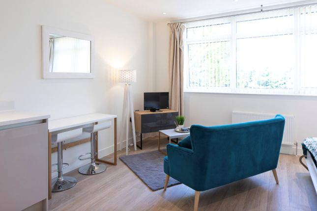 Thumbnail Studio to rent in Ridgmont Road, St Albans
