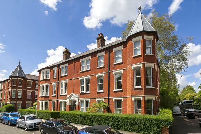 Thumbnail Flat to rent in Clevedon Road, Twickenham, UK