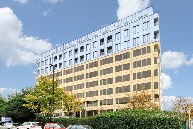 1 bed flat to rent in Westgate House, Ealing W5