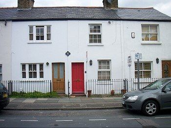 Thumbnail Terraced house to rent in Gloucester Terrace, Crown Lane, London