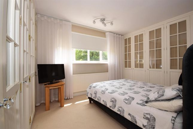 Thumbnail Semi-detached house for sale in Pynest Green Lane, Waltham Abbey, Essex