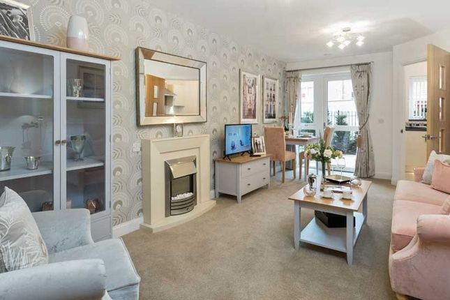 1 bedroom flat for sale in Churchfield Road, Walton-On-Thames