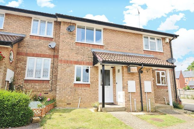 2 bed terraced house to rent in Hardwick, Banbury