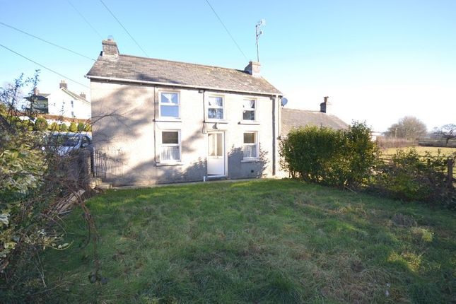 Thumbnail Semi-detached house to rent in Drefach, Llanybydder