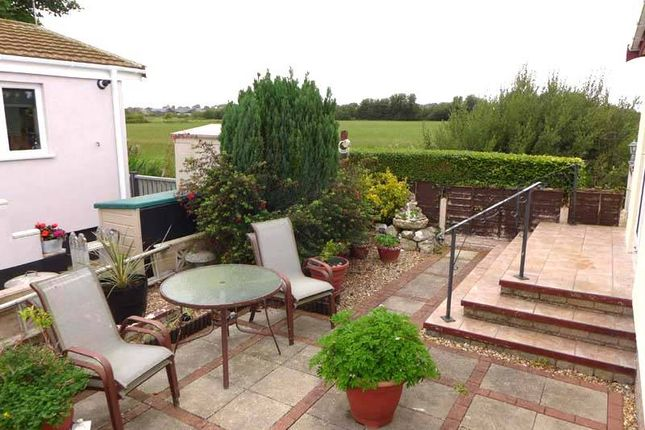 Garden Area of First Avenue, Woodside Park, Stalmine, Poulton-Le-Fylde FY6