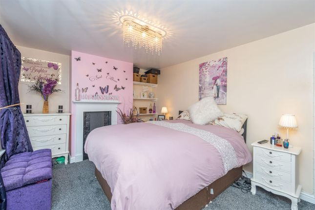 Efvbkmiq of Alcester Road, Studley B80