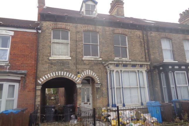 Thumbnail Terraced house for sale in Alexandra Avenue, Alexandra Road, Hull