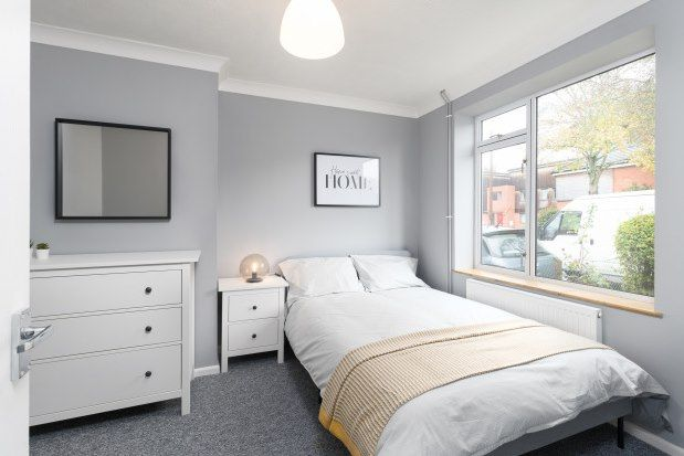 Thumbnail Property to rent in The Avenues, Norwich