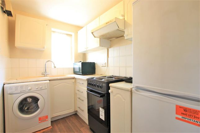 1 bed terraced house to rent in Hawthorn Close, Cranford TW5