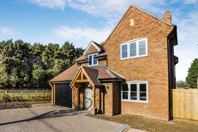 Thumbnail Detached house for sale in Hatches Lane, Great Kingshill, Buckinghamshire