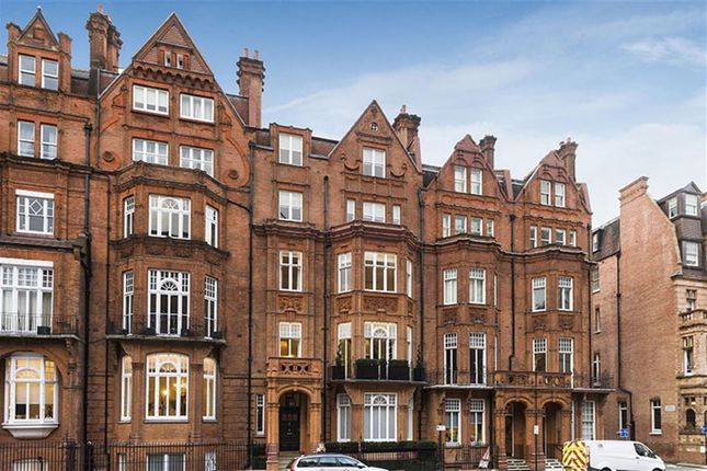 Thumbnail Town house for sale in Pont Street, Knightsbridge, London
