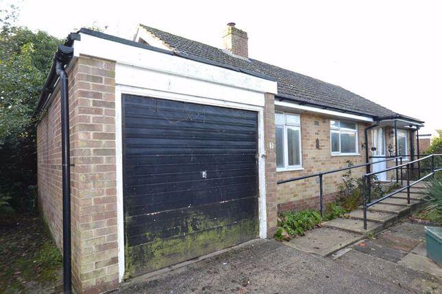 Mount Close, Newbury, Berkshire RG14