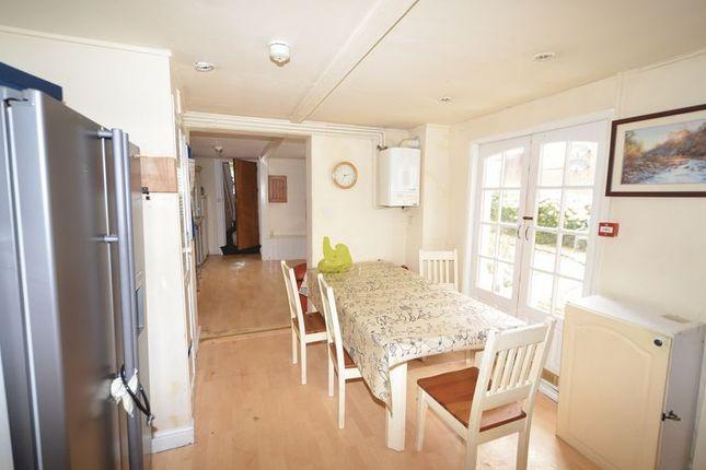 Photo 4 of Double Room In Shared House, Pilton, Barnstaple EX32