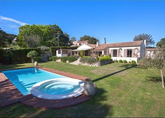 4 bed property for sale in Cannes, France
