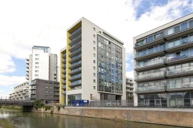 Thumbnail 2 bed flat for sale in Aqua Vista Tower, Limehouse Cut Canal, London
