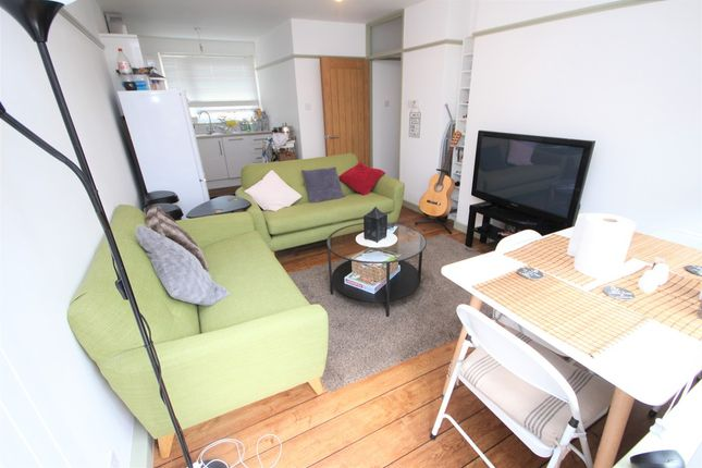 Thumbnail Flat for sale in Ivy Street, Old Street