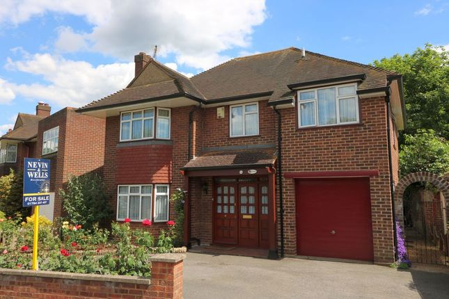 4 bed detached house for sale in Parkland Grove, Ashford
