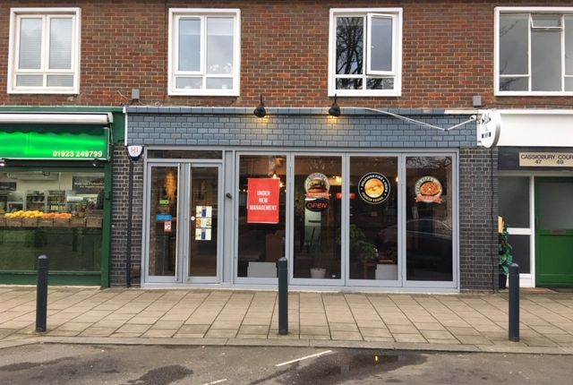 Thumbnail Pub/bar to let in Langley Way, Watford