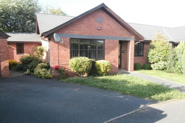 2 bed detached bungalow to rent in Canon Pyon, Herefordshire HR4