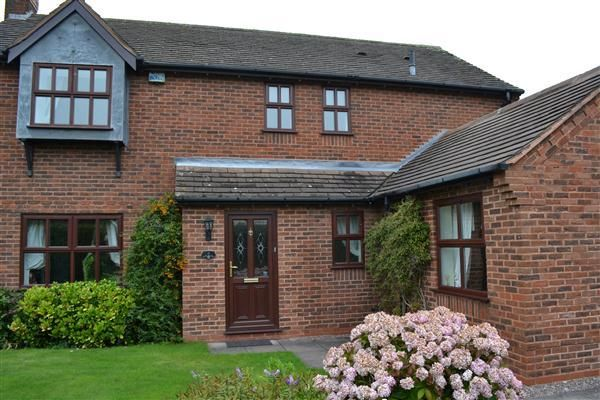 Thumbnail Detached house to rent in Garnet Close, Stonnall, Walsall