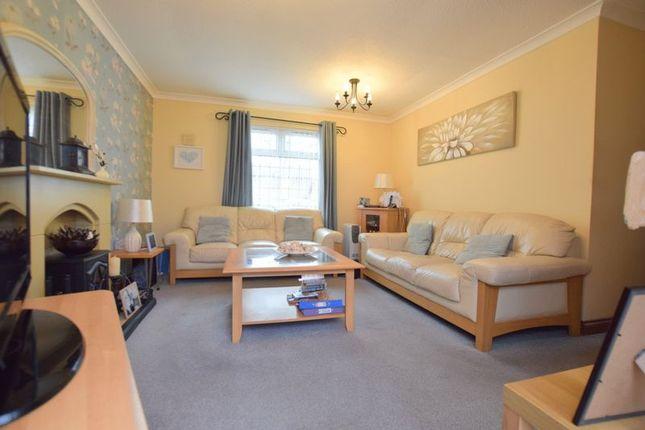 Lounge (2) of Buscot Place, Great Holm, Milton Keynes MK8