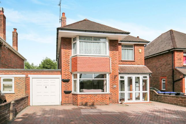 Thumbnail Detached house for sale in The Boulevard, Goring-By-Sea, Worthing