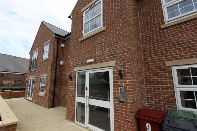 Thumbnail Flat to rent in Prince Of Wales Mews, Church Street, Eckington, Sheffield