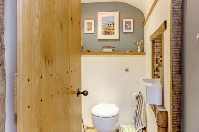 Cloakroom of Rose Hall Lane, Middleton Cheney, Banbury OX17