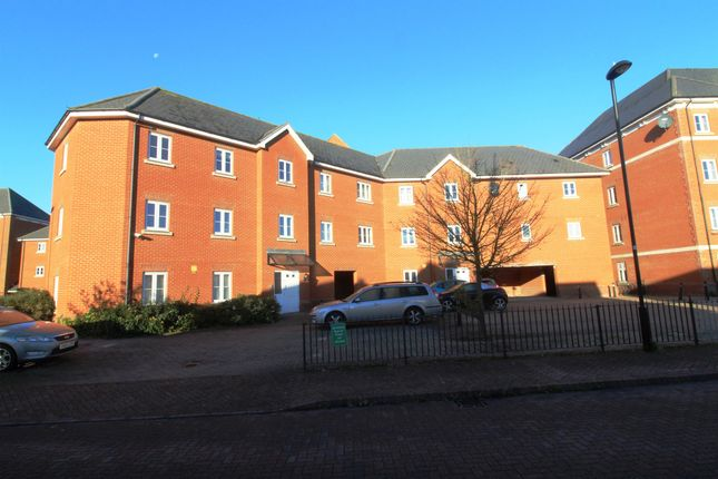 Thumbnail Flat for sale in Salamanca Way, Colchester