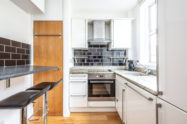 Thumbnail Flat to rent in Queens Crescent, Chalk Farm, London