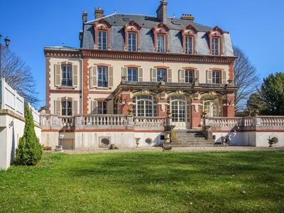 Thumbnail Property for sale in Crecy-La-Chapelle, Seine-Et-Marne, France