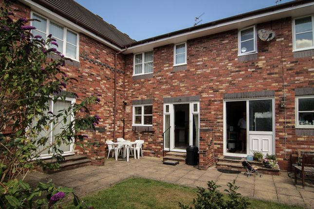 Thumbnail Terraced house for sale in South Clifton Street, Lytham St. Annes