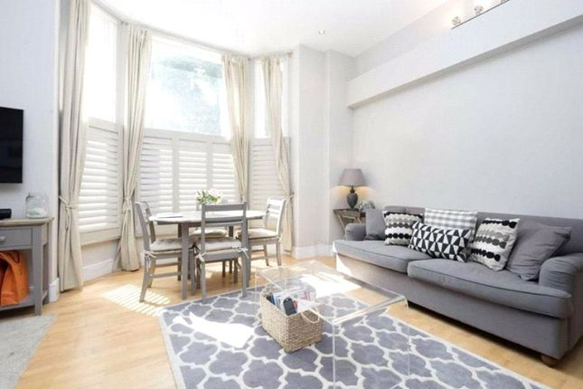 Find 1 Bedroom Flats And Apartments To Rent In Earls Court Zoopla