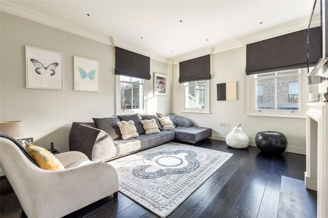 Thumbnail Terraced house for sale in Cale Street, Chelsea, London