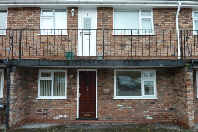 Thumbnail Flat to rent in Paul Court, Hall Lane, Offerton, Stockport