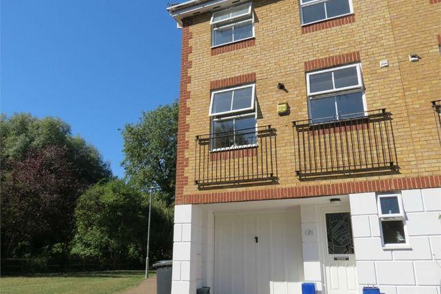 Thumbnail End terrace house to rent in Swan Mead, Hemel Hempstead, Hertfordshire