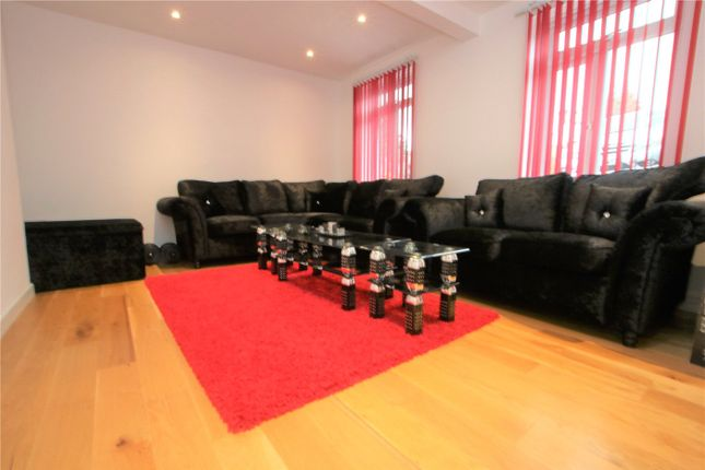 Picture No. 21 of Froxfield Avenue, Reading, Berkshire RG1
