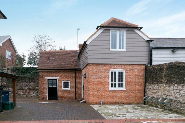 Thumbnail Detached house to rent in West Street, Farnham